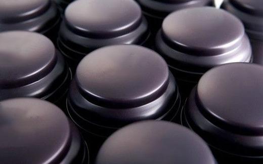 珠光粉厂家陶瓷工业漆应用案例
